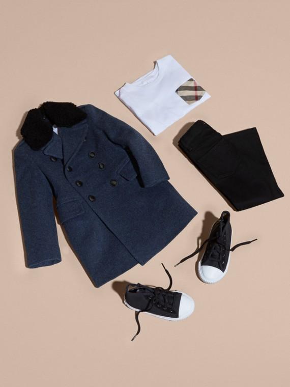 Cappotto in lana tecnica con collo amovibile in shearling