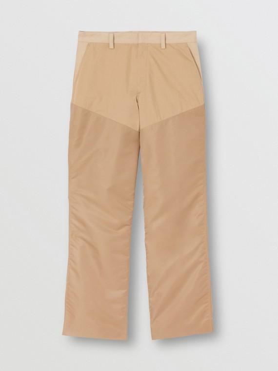 Pantalones anchos en mezcla de algodón con paneles en nailon (Miel)