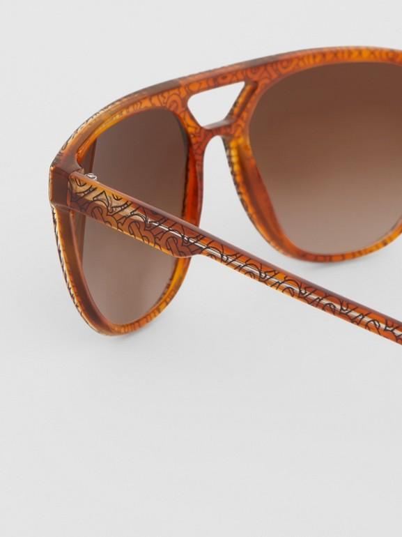 Navigator Sunglasses in Tortoiseshell Amber - Men | Burberry - cell image 1