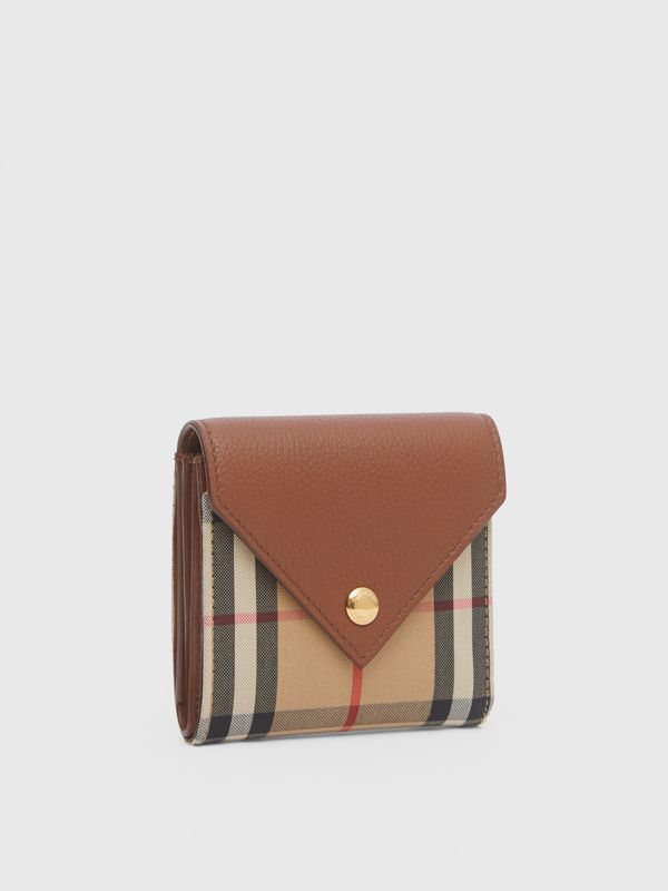 Vintage Check and Grainy Leather Folding Wallet in Tan - Women | Burberry - cell image 3