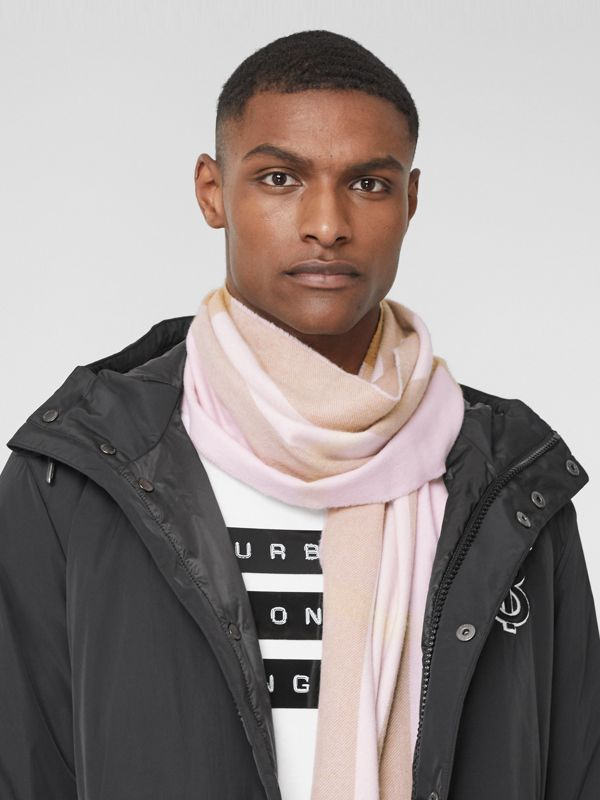 Check Cashmere Scarf in Alabaster Pink | Burberry - cell image 3