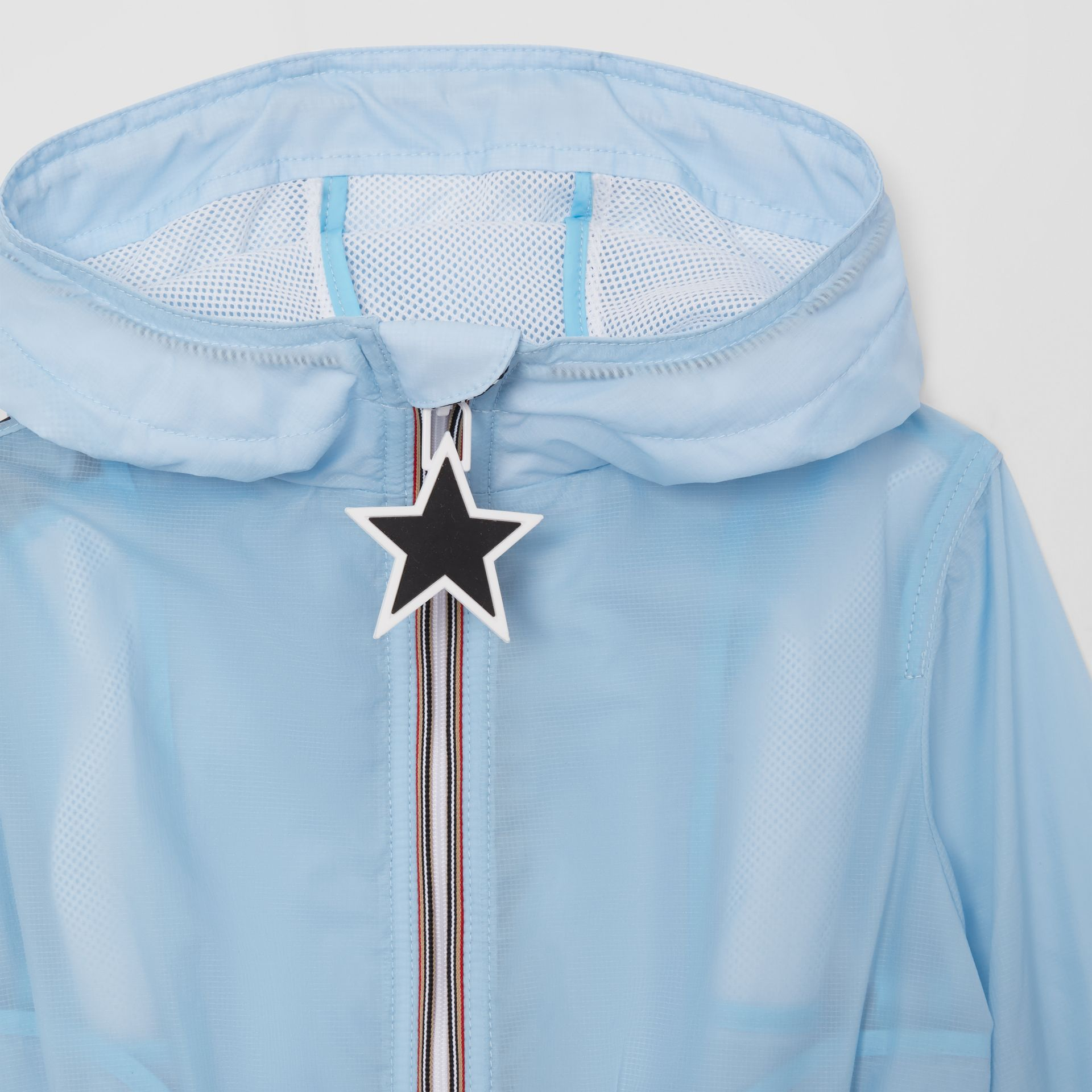 Star Detail Logo Print Lightweight Hooded Jacket in Light Blue - Children | Burberry United Kingdom - gallery image 5