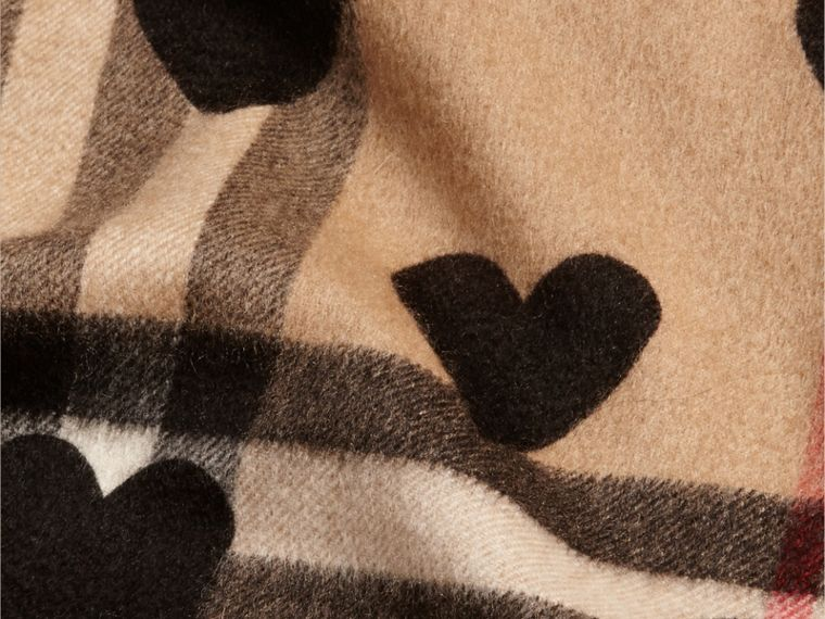 The Classic Cashmere Scarf in Check and Hearts in Black | Burberry - cell image 4
