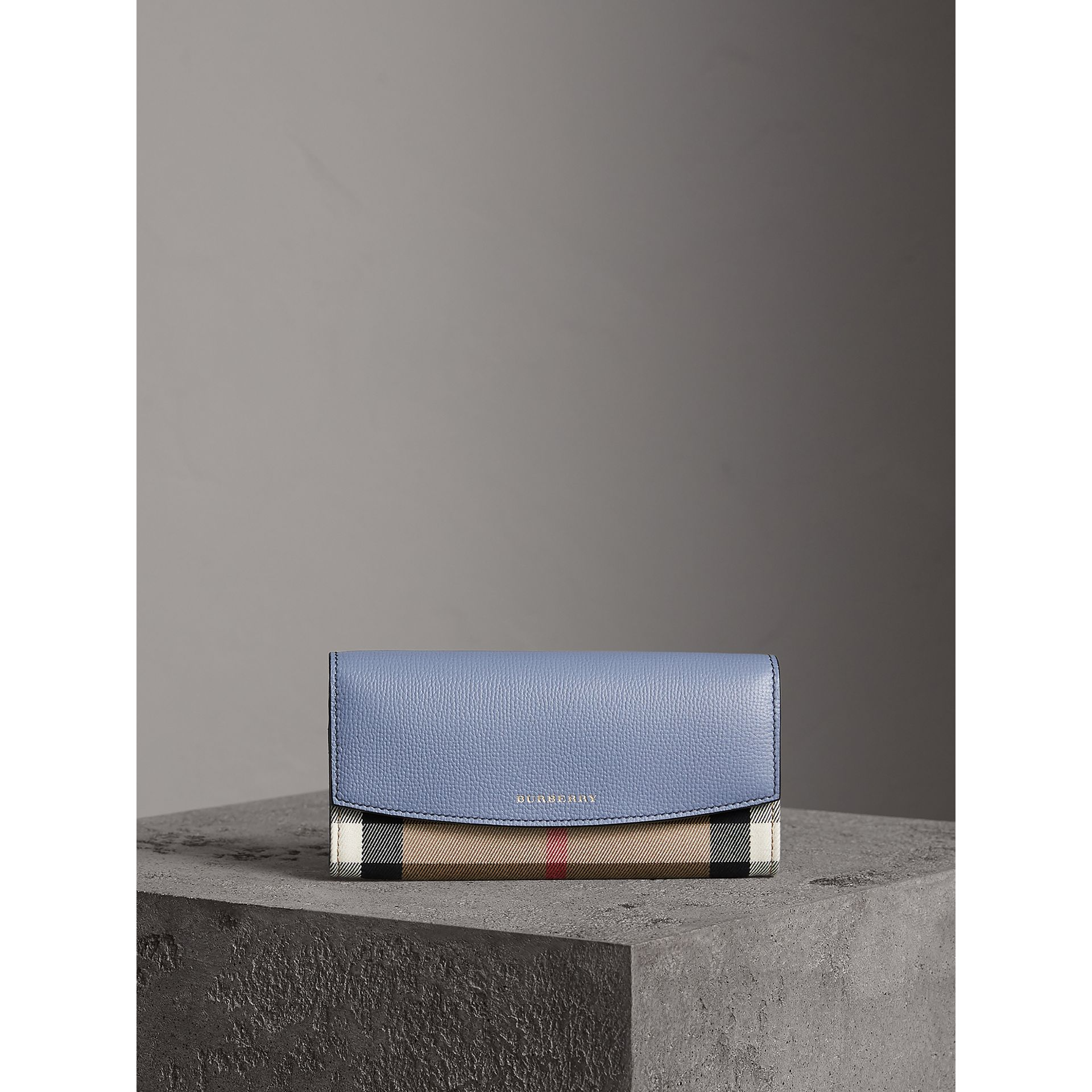House Check And Leather Continental Wallet in Slate Blue - Women | Burberry Singapore - gallery image 5