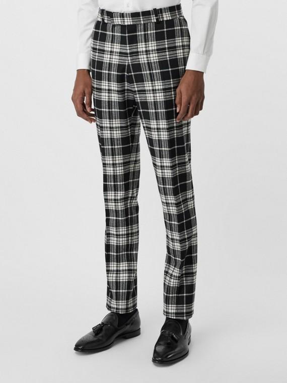 Pantalones de vestir entallados en lana y cachemir a cuadros escoceses (Negro)
