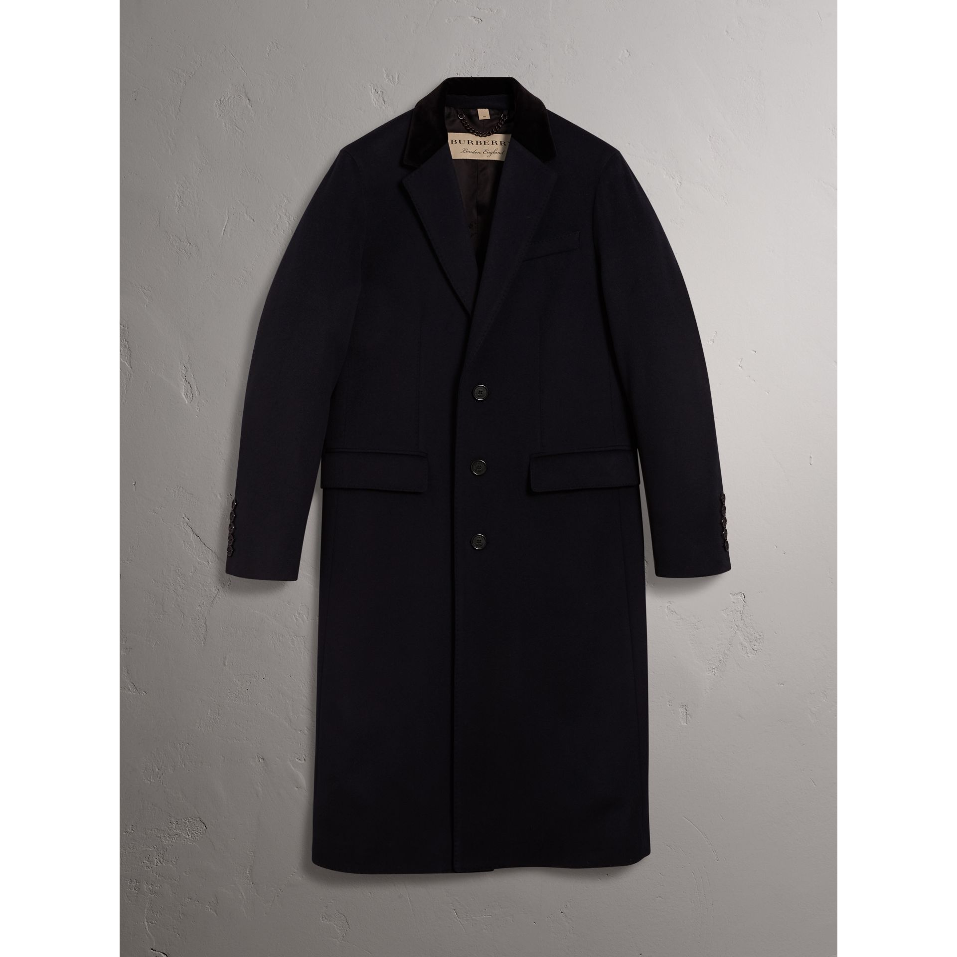 Velvet Collar Wool Cashmere Coat in Navy - Men | Burberry United Kingdom - gallery image 3