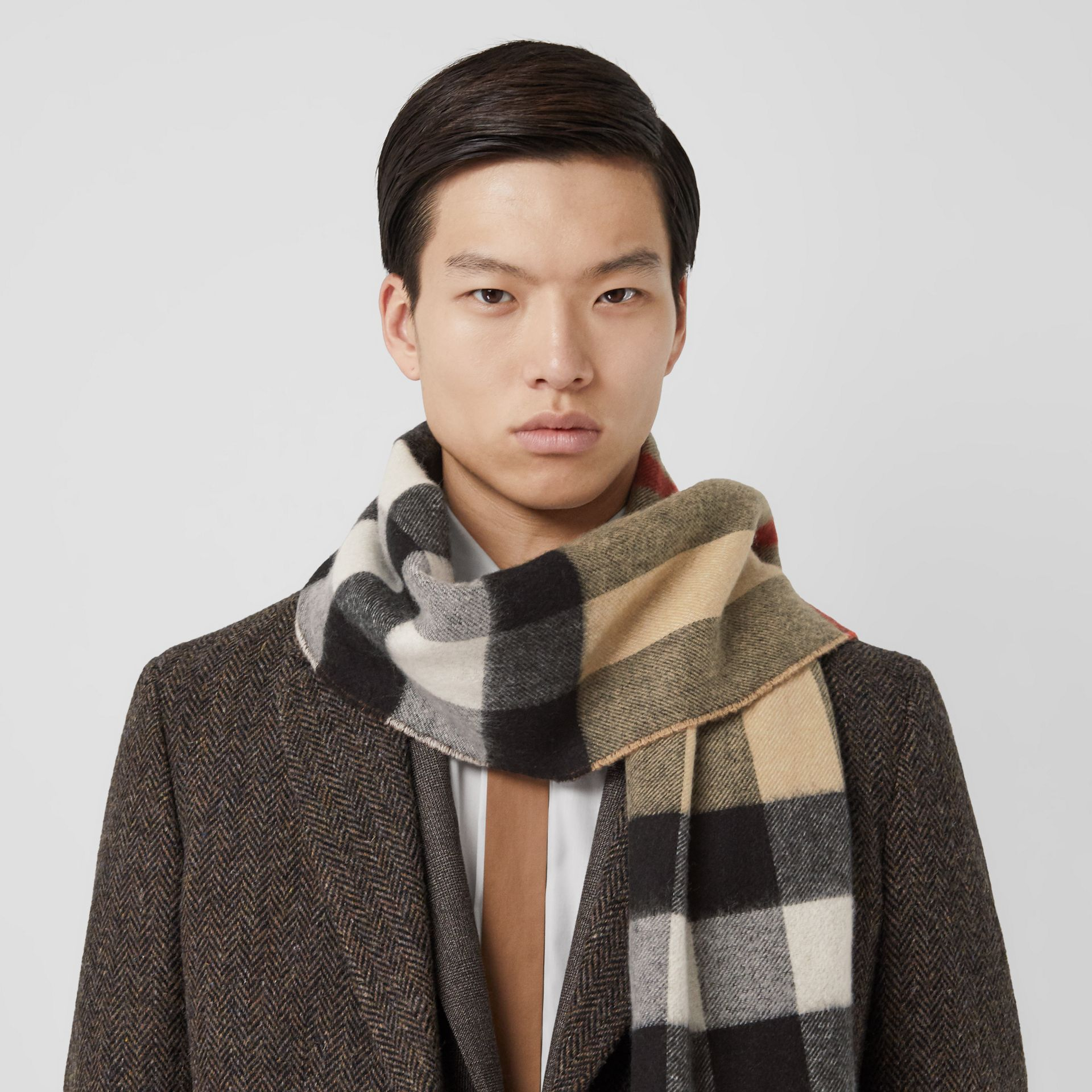 Reversible Check and Monogram Cashmere Scarf in Dark Chestnut Brown | Burberry United Kingdom - gallery image 7