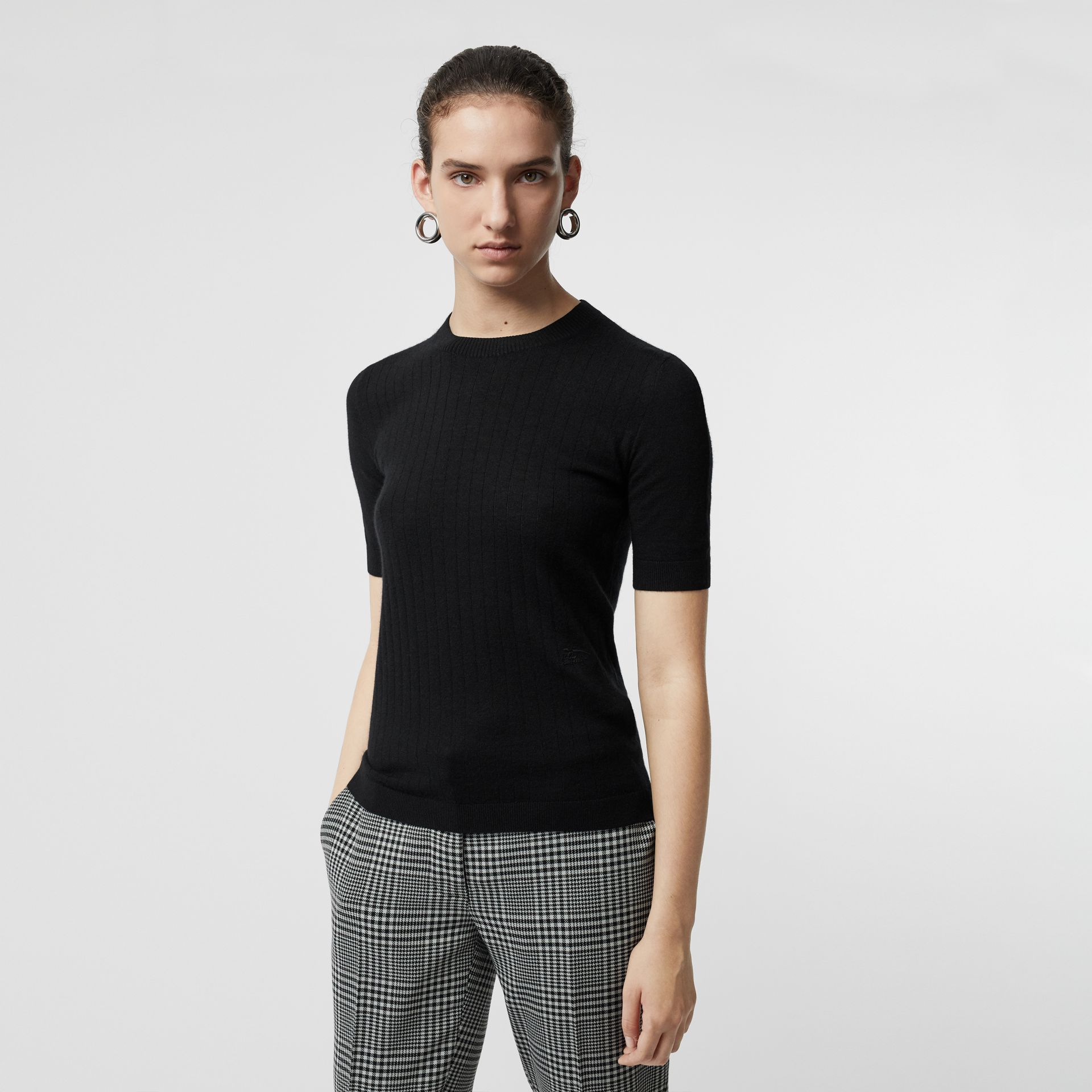 Short-sleeve Rib Knit Cashmere Sweater in Black - Women | Burberry - gallery image 0