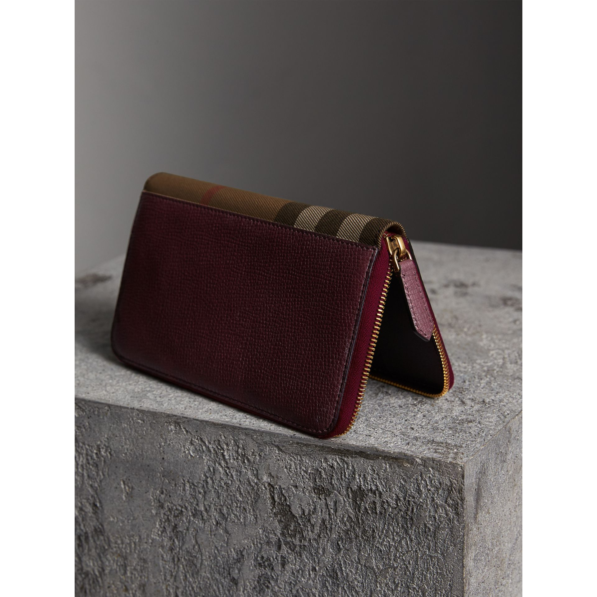 House Check and Grainy Leather Ziparound Wallet in Wine | Burberry United Kingdom - gallery image 2
