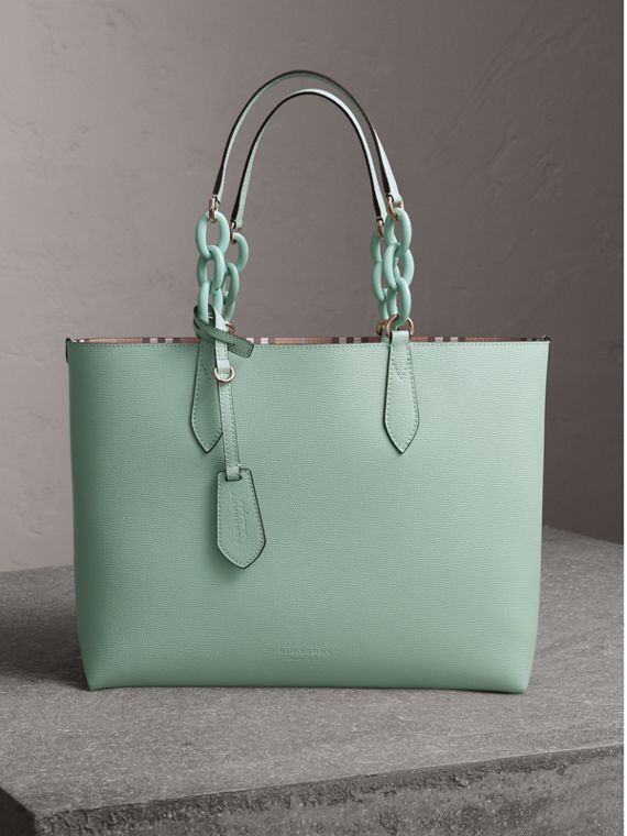 The Medium Reversible Tote with Resin Chain in Pale Opal