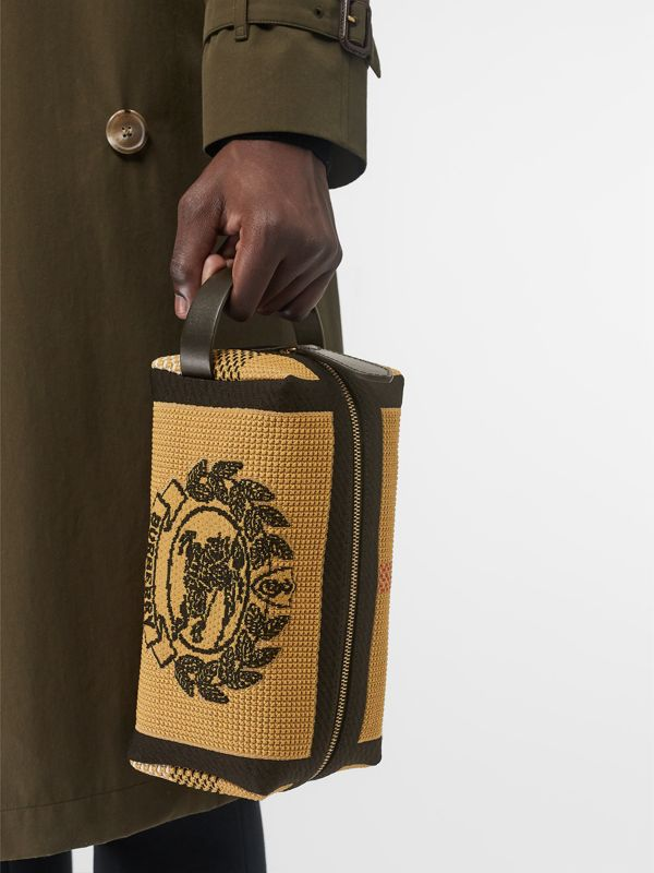 Archive Crest Knitted Pouch in Black | Burberry - cell image 3