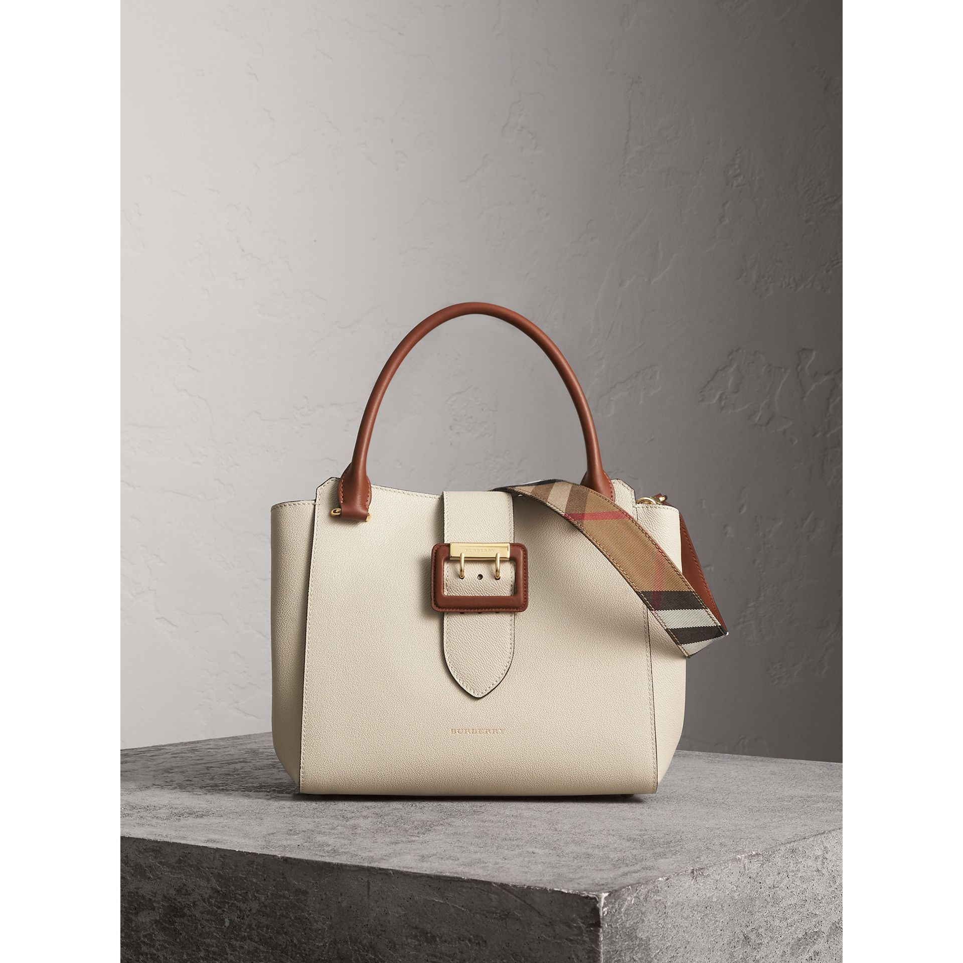 The Medium Buckle Tote in Grainy Leather in Limestone - Women | Burberry Australia - gallery image 1