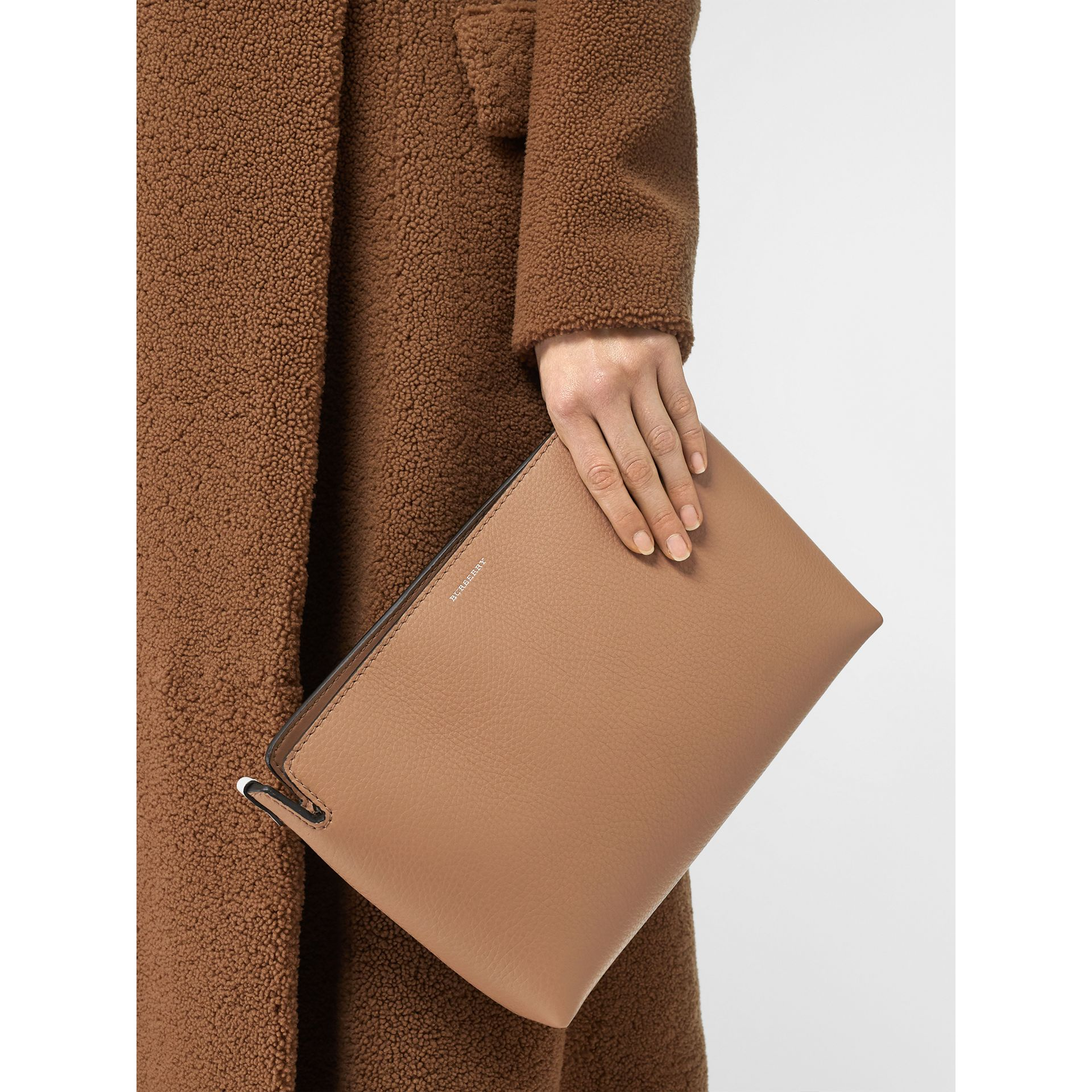 Medium Two-tone Leather Clutch in Light Camel/chalk White - Women | Burberry United States - gallery image 2