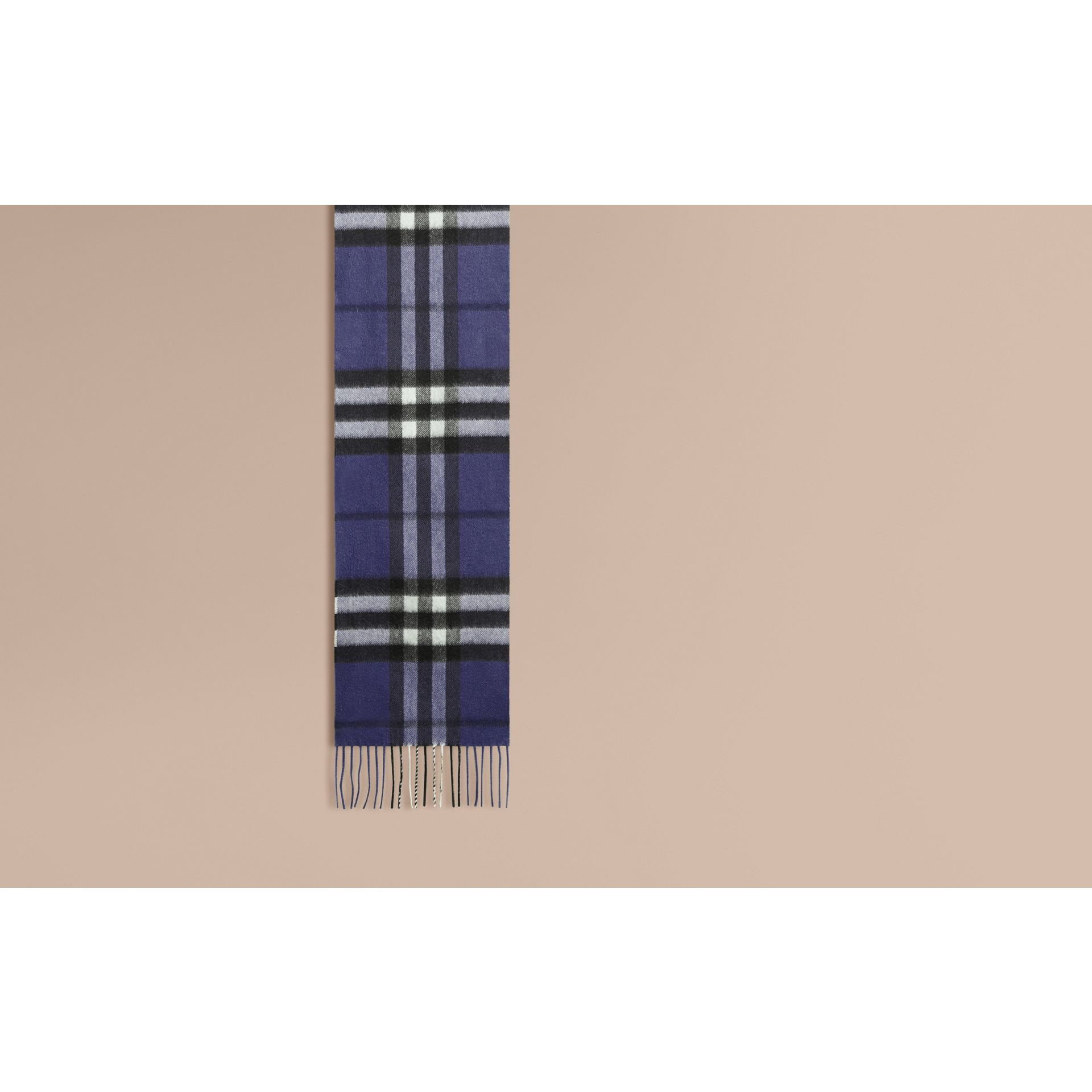 Thistle blue The Mini Classic Cashmere Scarf in Check - gallery image 2
