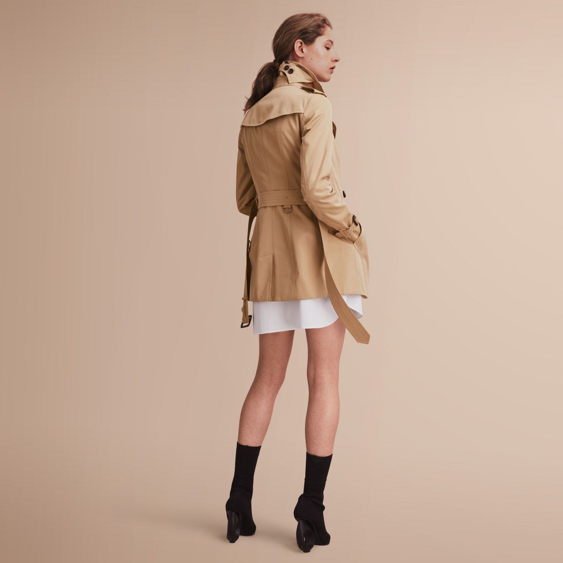 The Sandringham – Short Heritage Trench Coat in Honey - gallery image 3