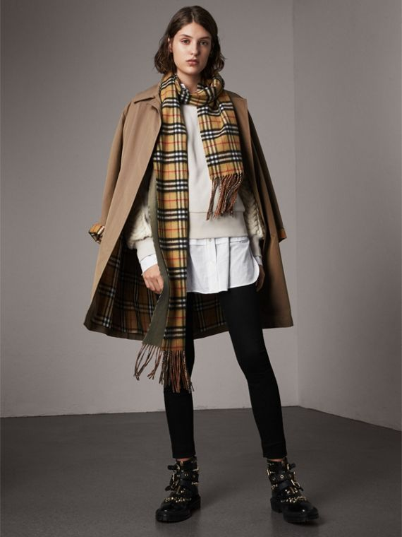 The Camden – Long Car Coat in Taupe Brown - Women | Burberry