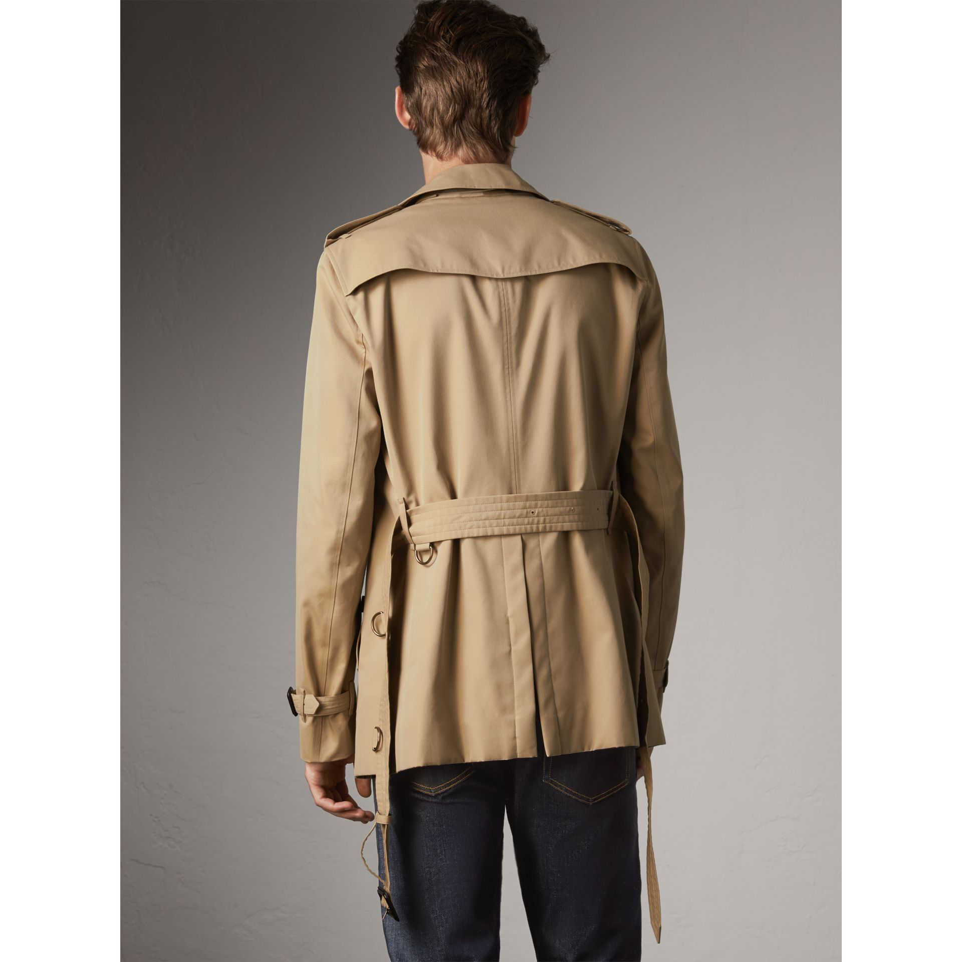 The Chelsea – Short Heritage Trench Coat in Honey - Men | Burberry Australia - gallery image 3