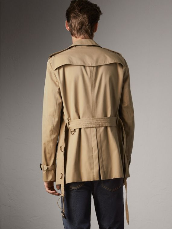 The Chelsea – Short Heritage Trench Coat in Honey - Men | Burberry Australia - cell image 2