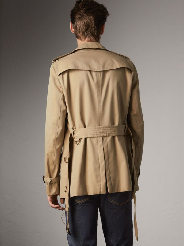The Chelsea – Short Trench Coat in Honey - Men | Burberry United Kingdom - cell image 2