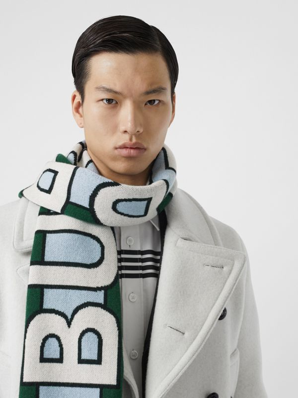 Logo Cashmere Jacquard Scarf in Dark Pine Green | Burberry - cell image 3