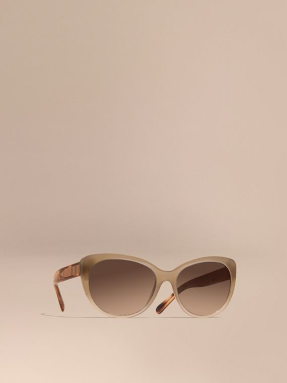 Check Detail Cat-eye Sunglasses Chino Grey