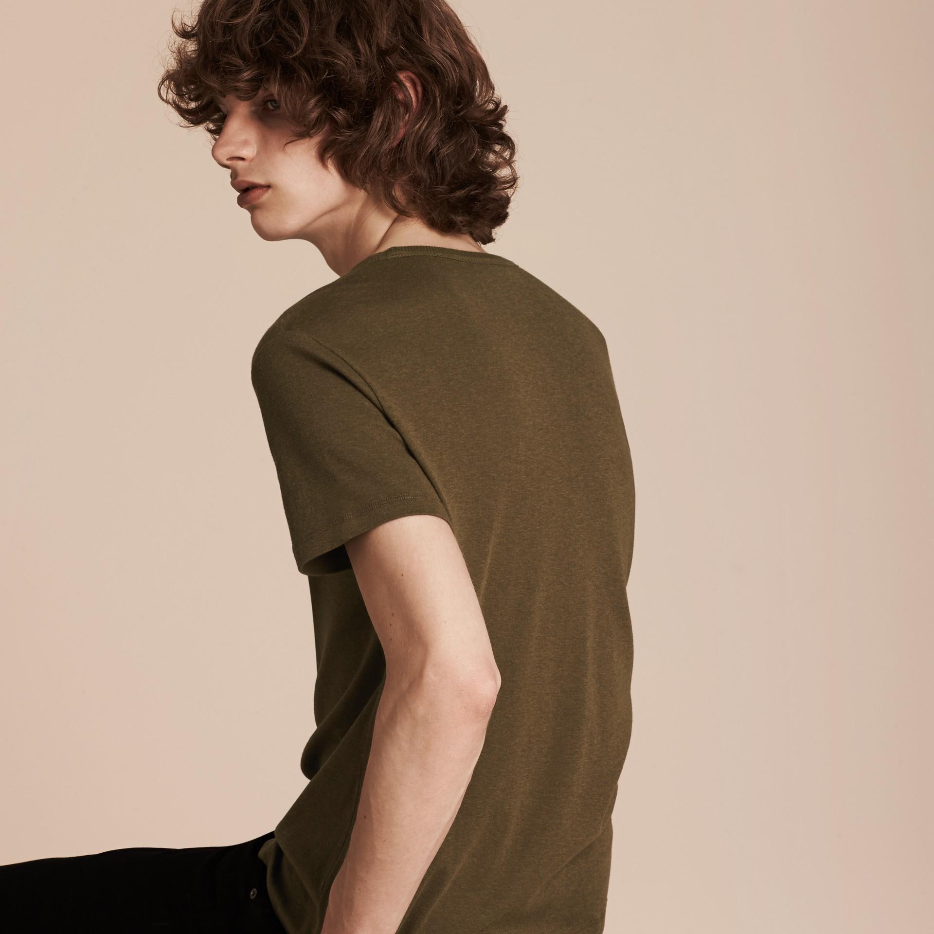 Vert militaire T-shirt en coton et laine mélangés Vert Militaire - photo de la galerie 4