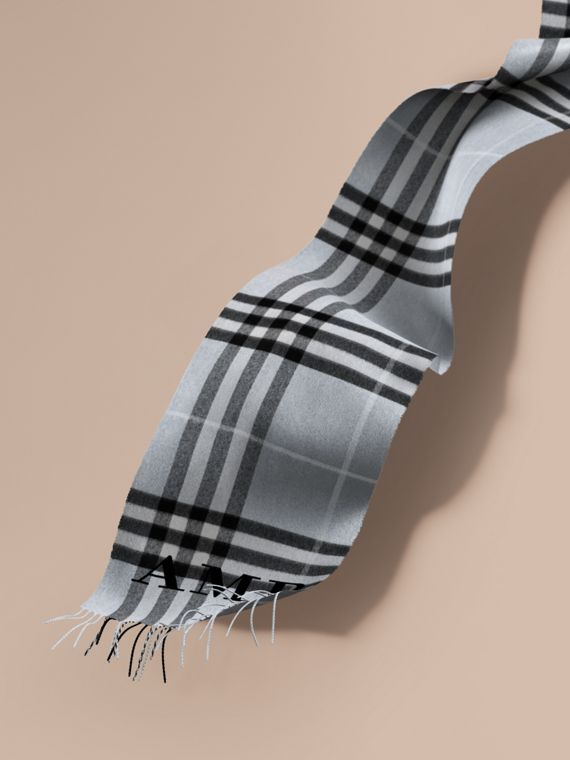 The Classic Cashmere Scarf in Check Dusty Blue