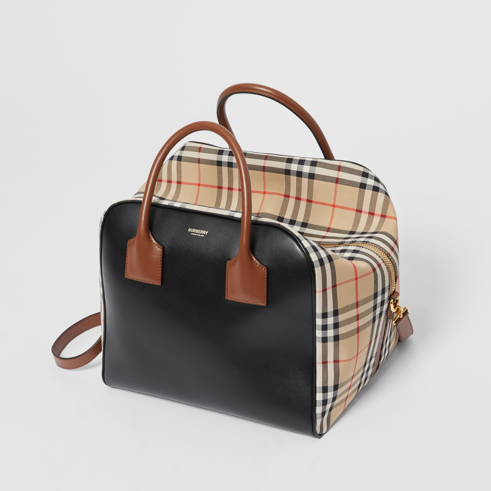 Medium Leather and Vintage Check Cube Bag in Archive Beige - Women | Burberry - gallery image 3