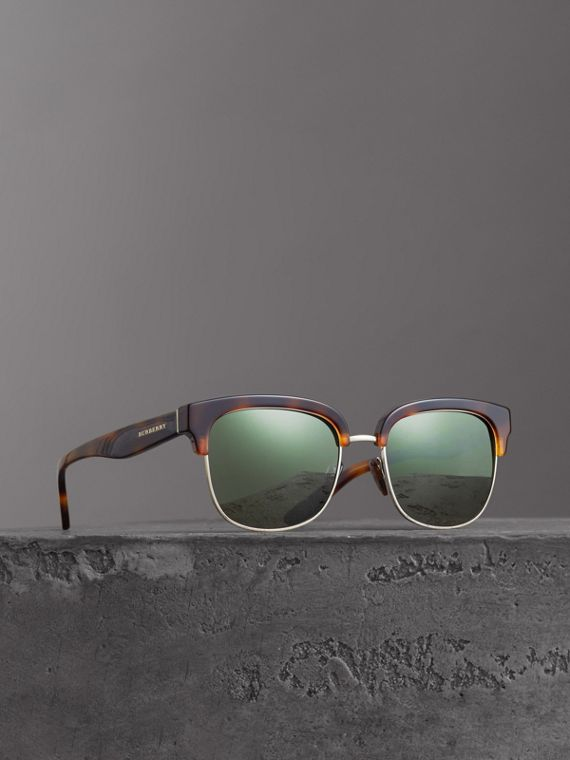 D-frame Sunglasses in Tortoise Shell