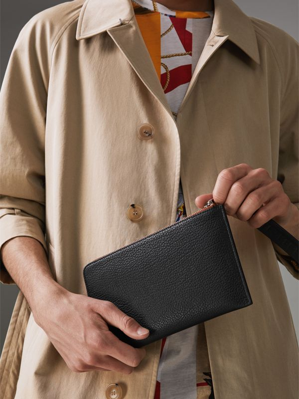 Two-tone Grainy Leather Travel Wallet in Black - Men | Burberry Australia - cell image 3