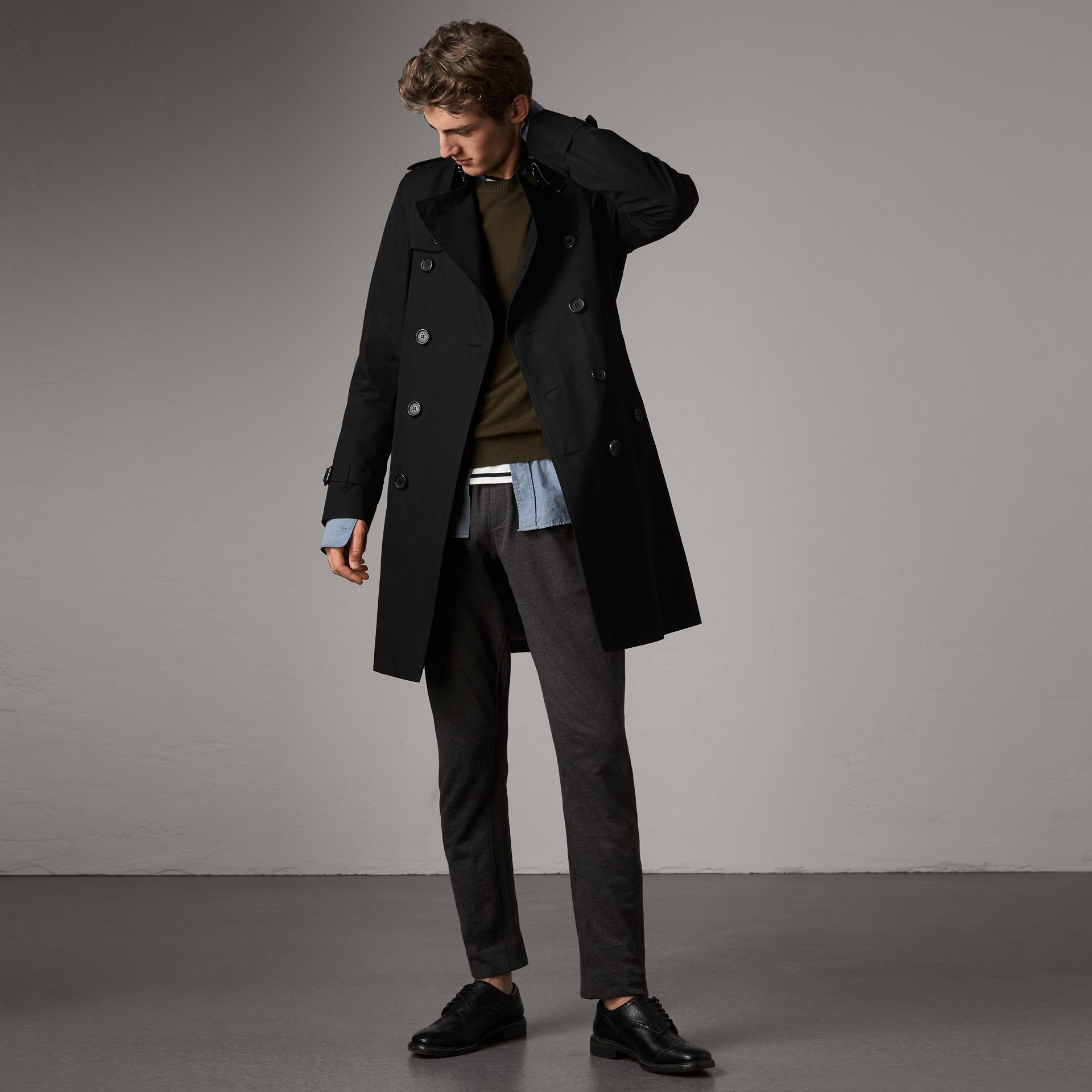 The Kensington – Long Trench Coat in Black - Men | Burberry Singapore - gallery image 0