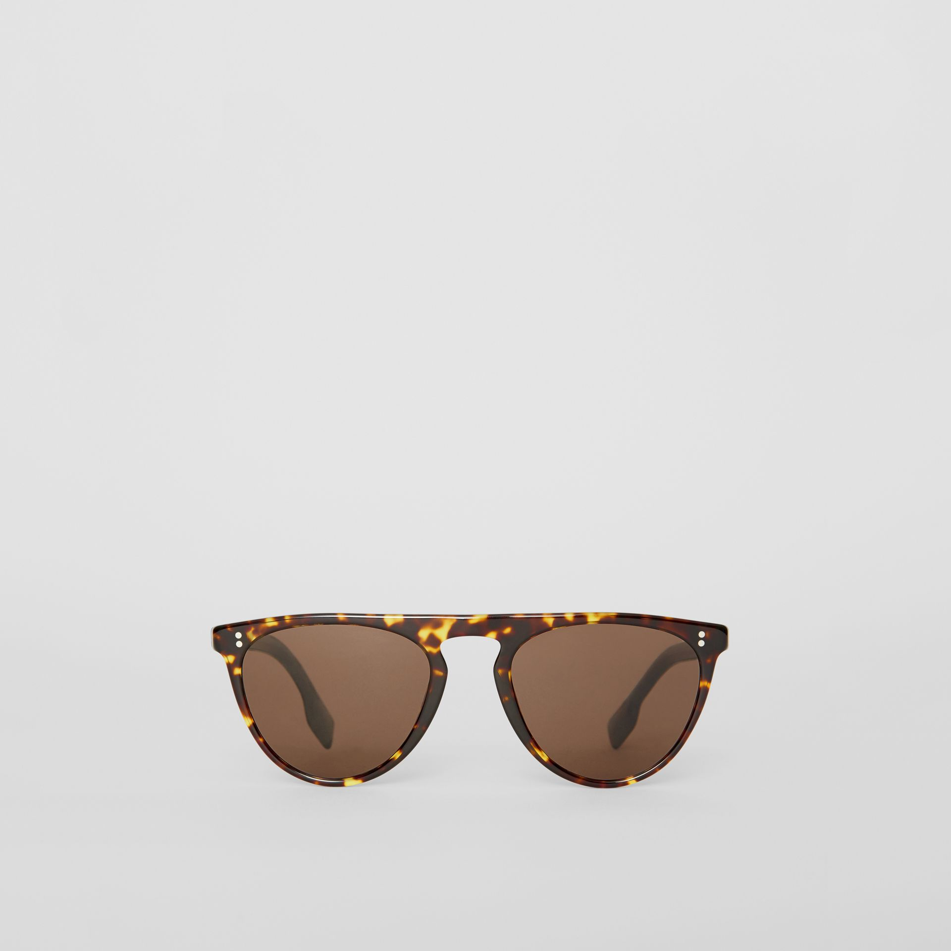 Keyhole D-shaped Sunglasses in Tortoise Shell - Men | Burberry United Kingdom - gallery image 0