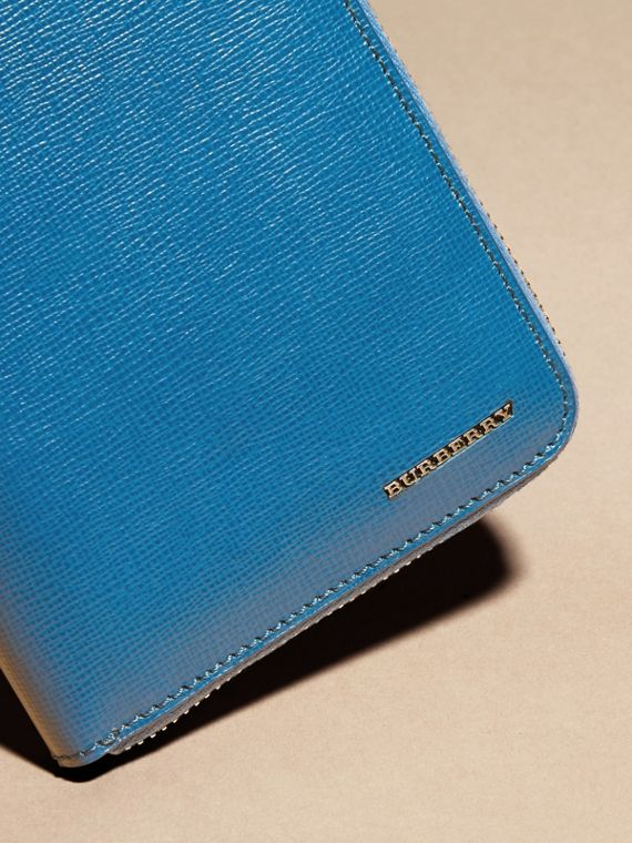 London Leather Ziparound Wallet in Mineral Blue - cell image 3