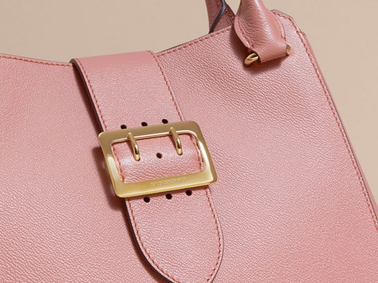 The Medium Buckle Tote in Grainy Leather Dusty Pink - cell image 1