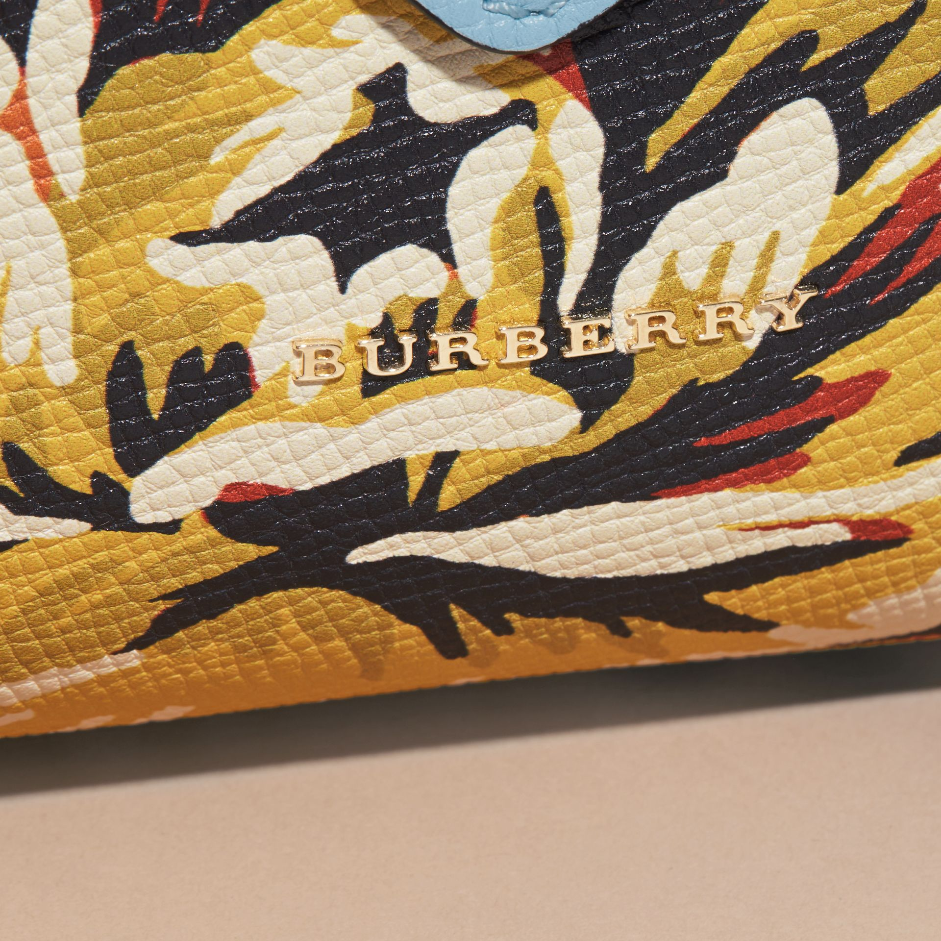 The Medium Buckle Tote in Peony Rose Print Leather in Pale Blue/vibrant Orange - gallery image 7