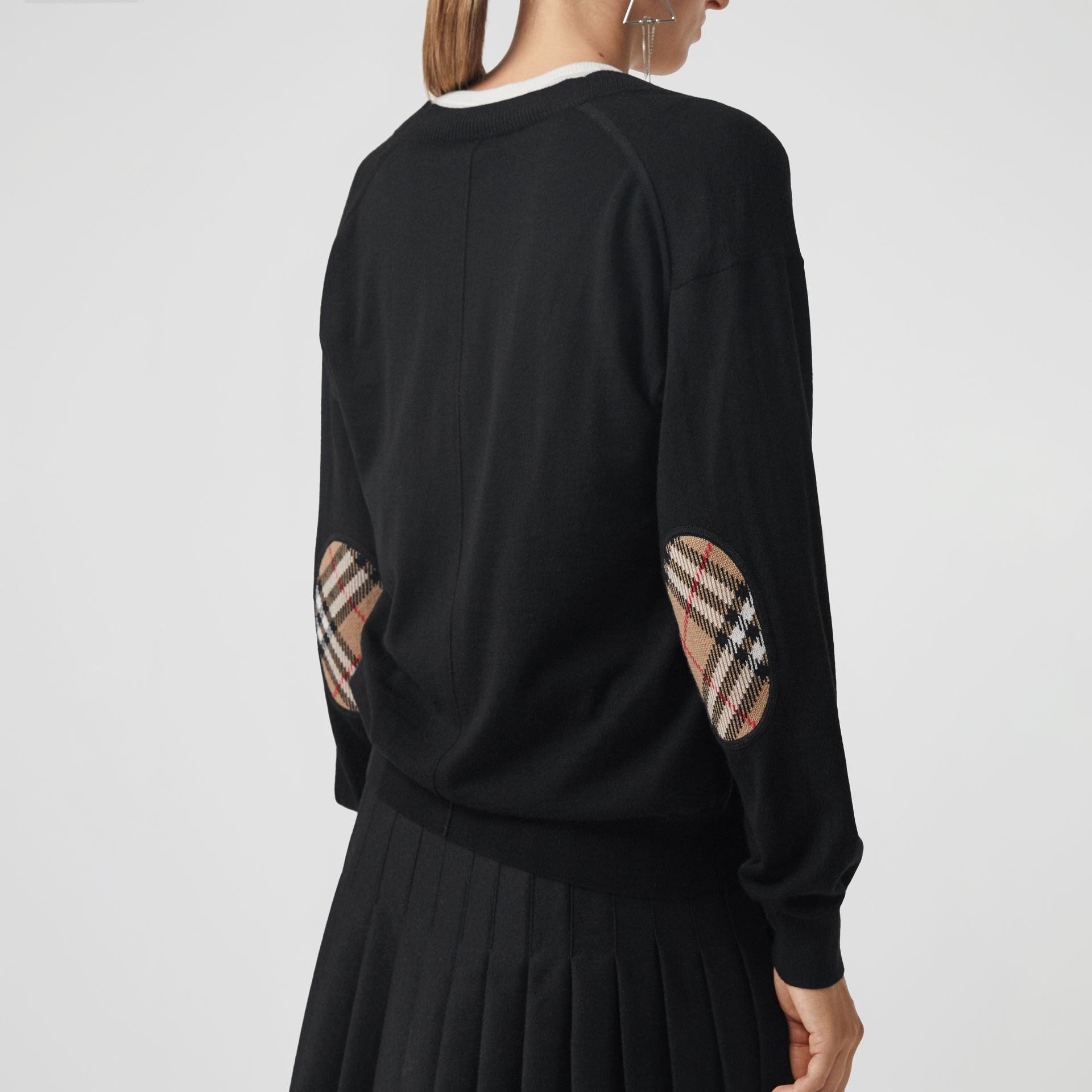 Vintage Check Detail Merino Wool Cardigan in Black - Women | Burberry Hong Kong - gallery image 2