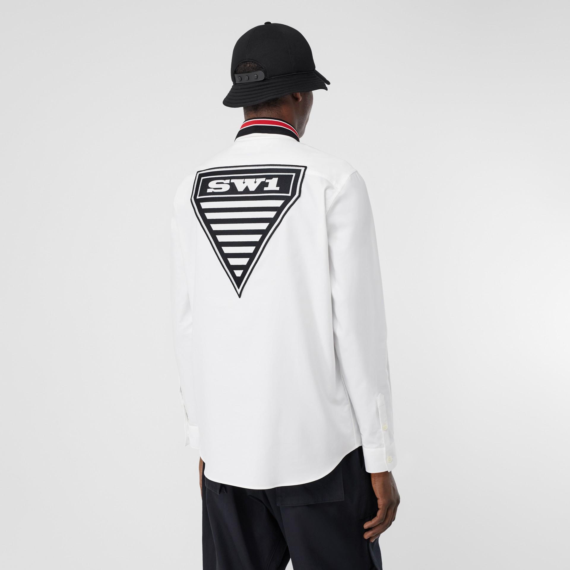 Camicia Oxford oversize in cotone con logo (Bianco) - Uomo | Burberry - immagine della galleria 2