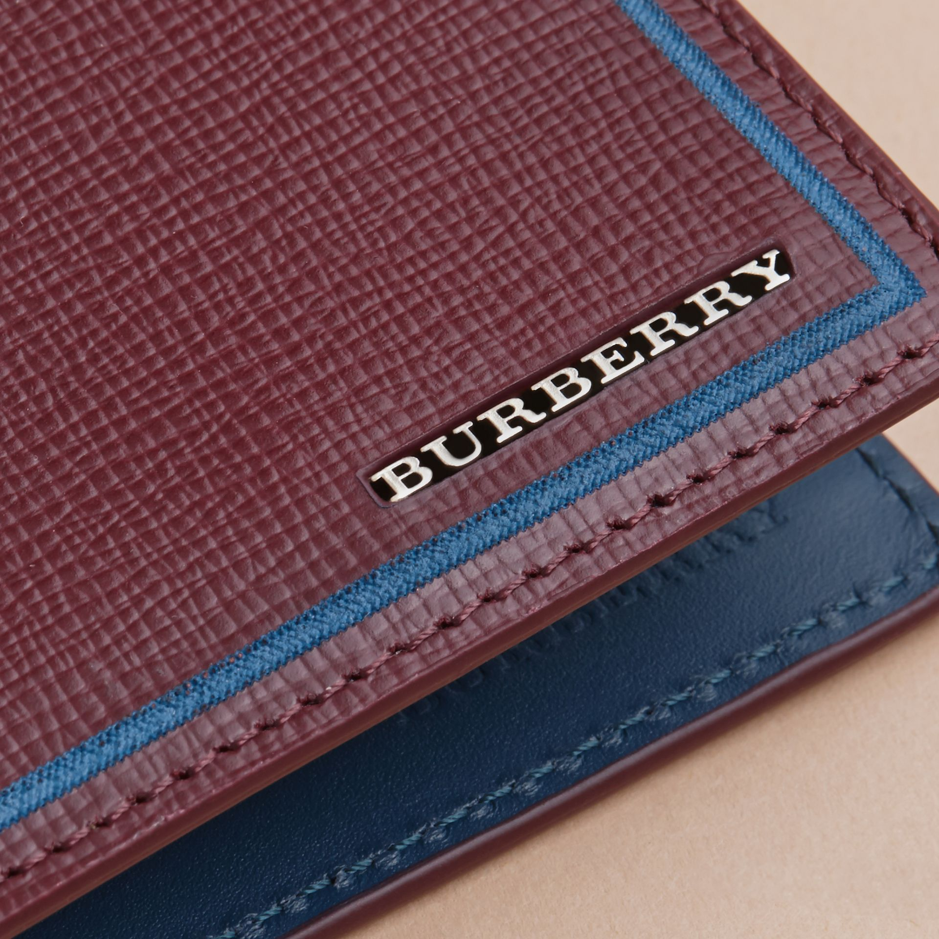Border Detail London Leather Bifold Wallet Burgundy Red - gallery image 2