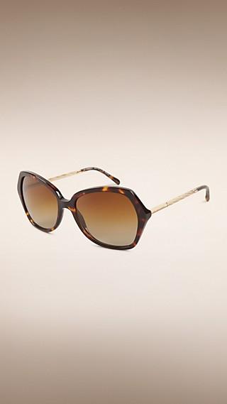 Gafas de sol grandes con montura cuadrada