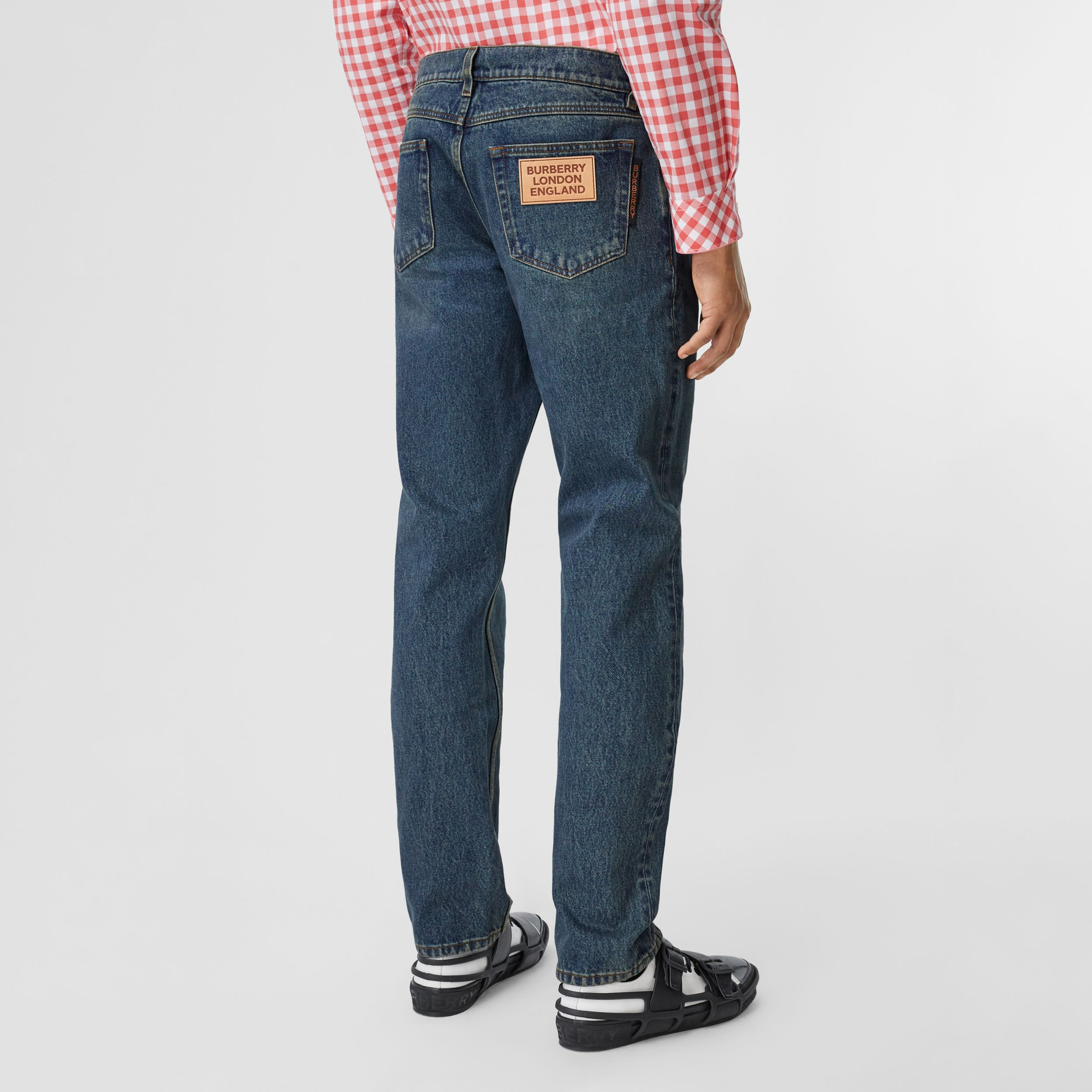 Straight Fit Washed Jeans in Indigo - Men | Burberry - 3