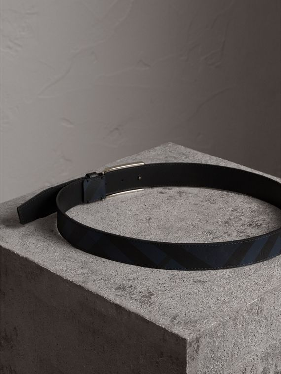 Plaque Buckle London Check and Leather Belt in Navy/black - Men | Burberry - cell image 3