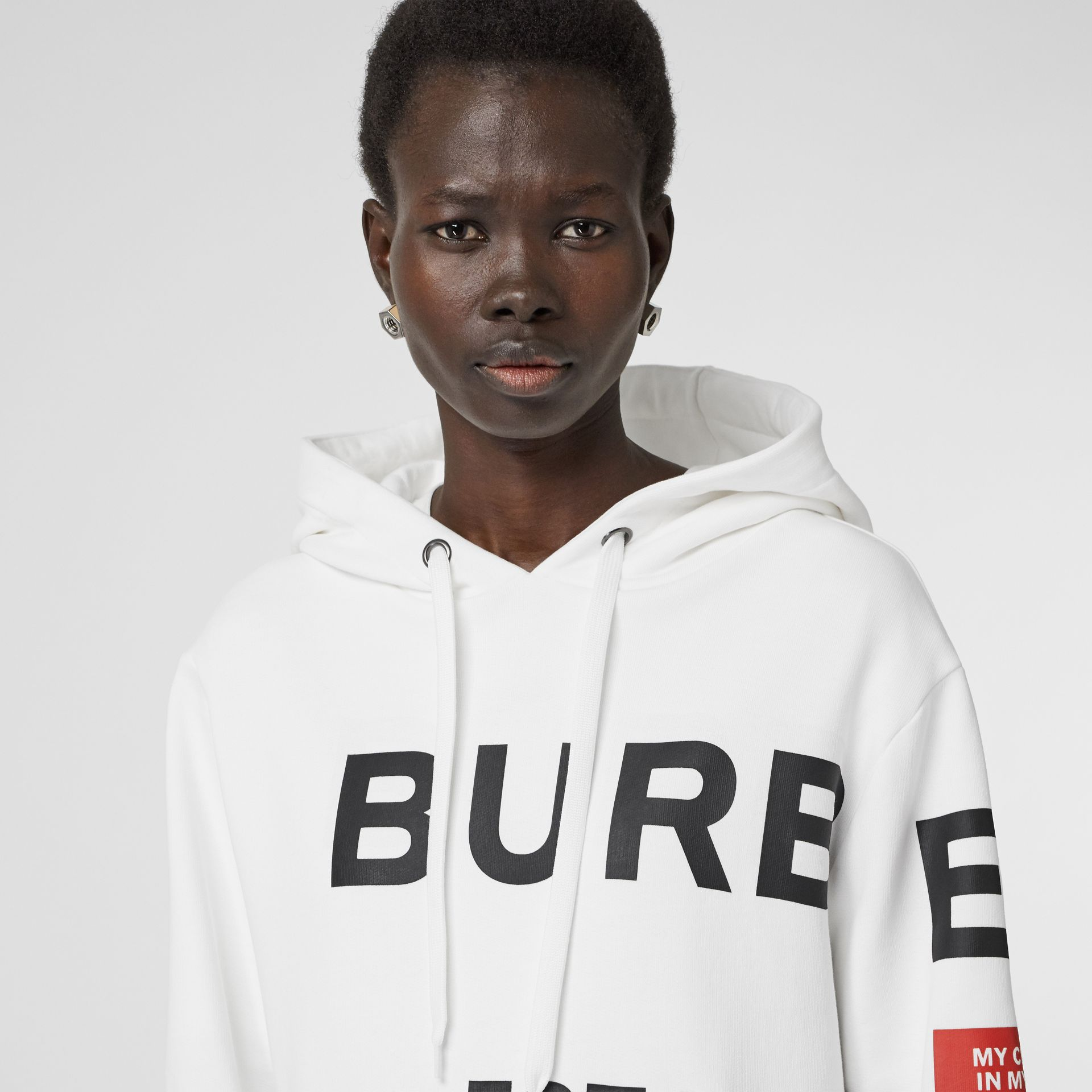 Horseferry Print Cotton Oversized Hoodie in White - Women | Burberry Singapore - gallery image 4