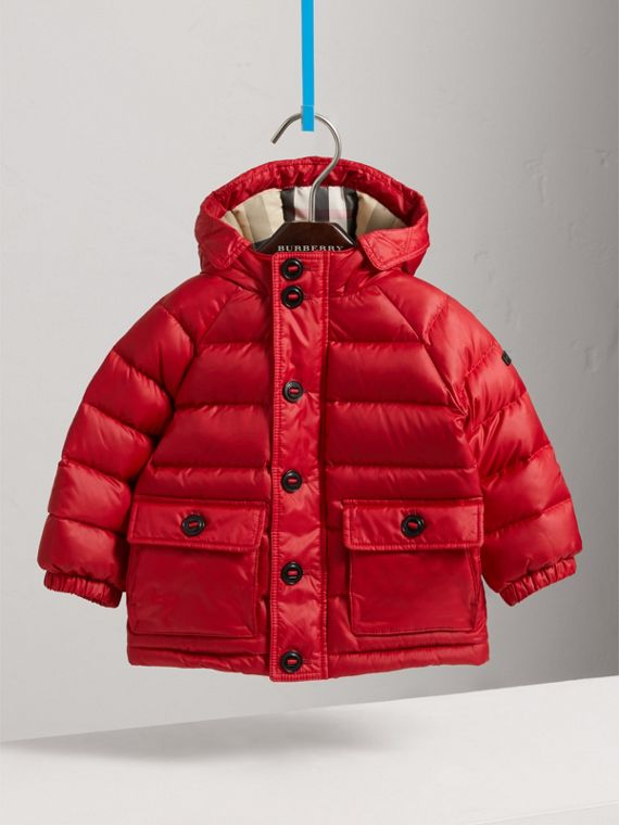 Shower-resistant Hooded Puffer Jacket in Parade Red