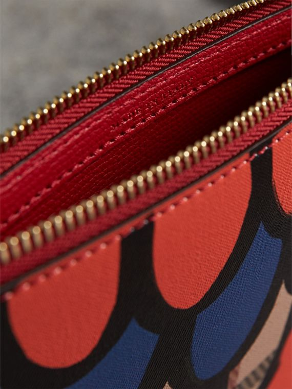 Scallop Print Haymarket Check and Leather Pouch in Poppy Red - Women | Burberry Canada - cell image 3