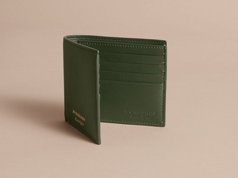 Trench Leather International Bifold Wallet in Dark Forest Green - Men | Burberry - cell image 4