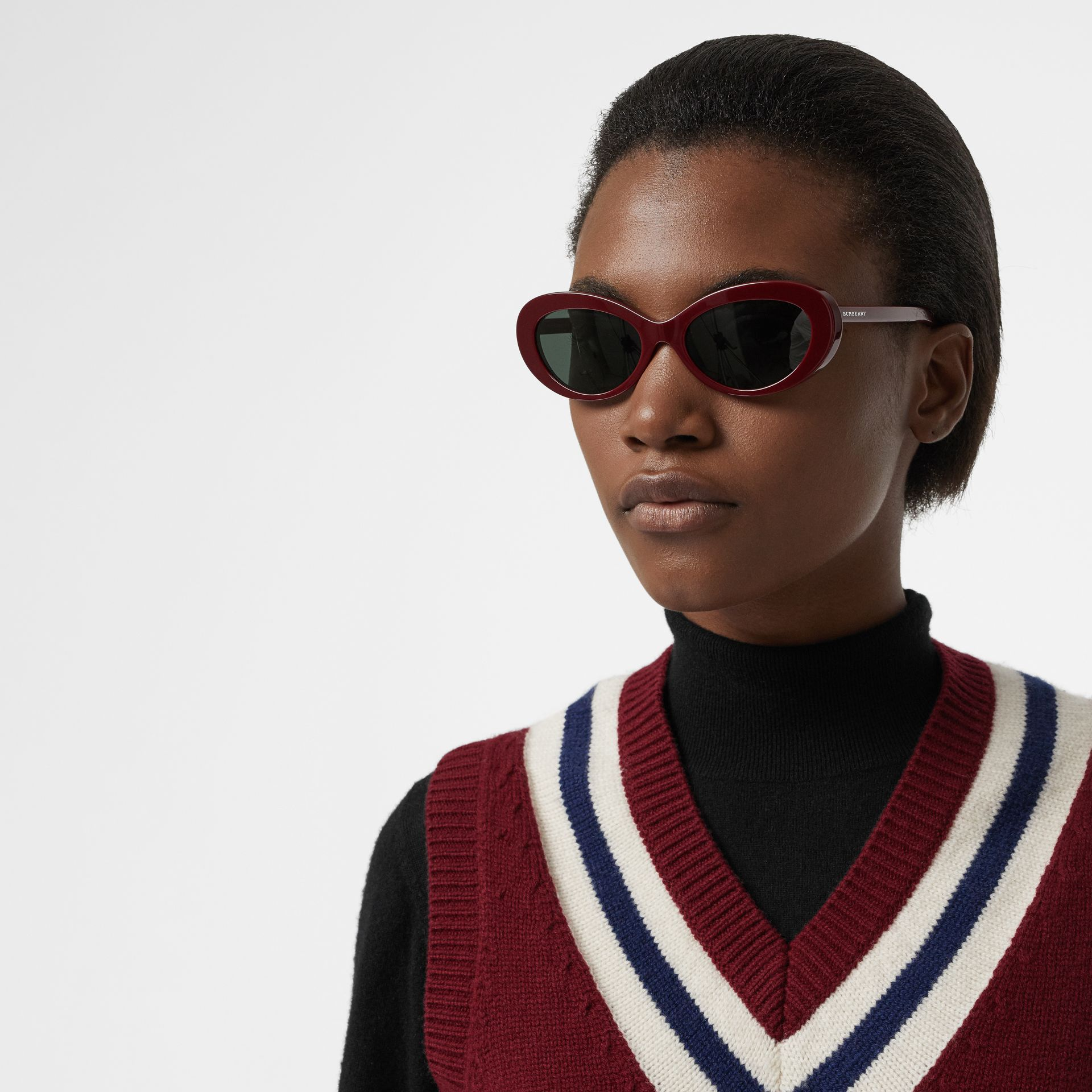 Cat-eye Frame Sunglasses in Burgundy - Women | Burberry United Kingdom - gallery image 2