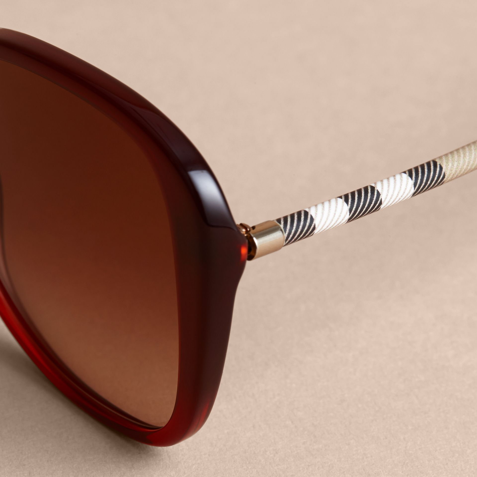 Check Detail Butterfly Frame Sunglasses Oxblood - gallery image 2