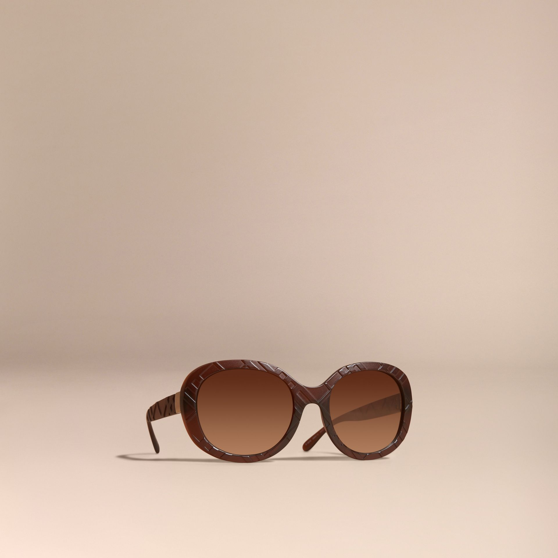 Brown 3D Check Round Frame Sunglasses Brown - gallery image 1