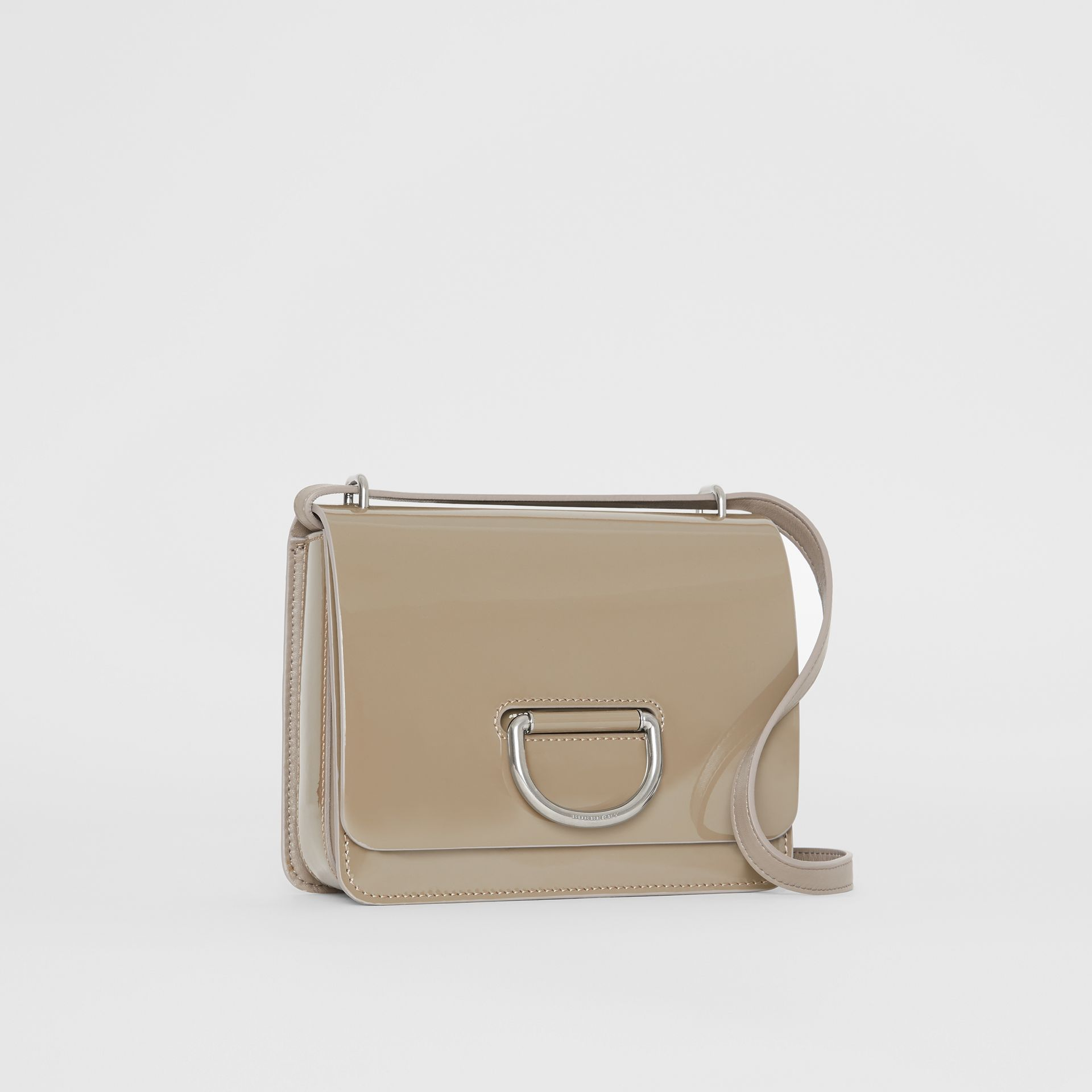 The Small D-Ring Bag aus Lackleder (Taupe-grau) - Damen | Burberry - Galerie-Bild 6