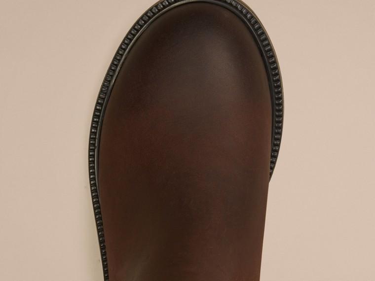 Edelschokoladenbraun Chelsea-Stiefel aus Leder - cell image 2